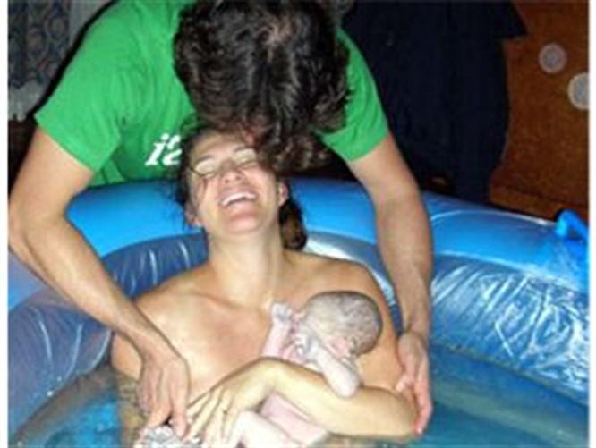 Su havuzunda doğum